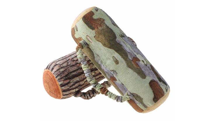 Bantal guling kayu